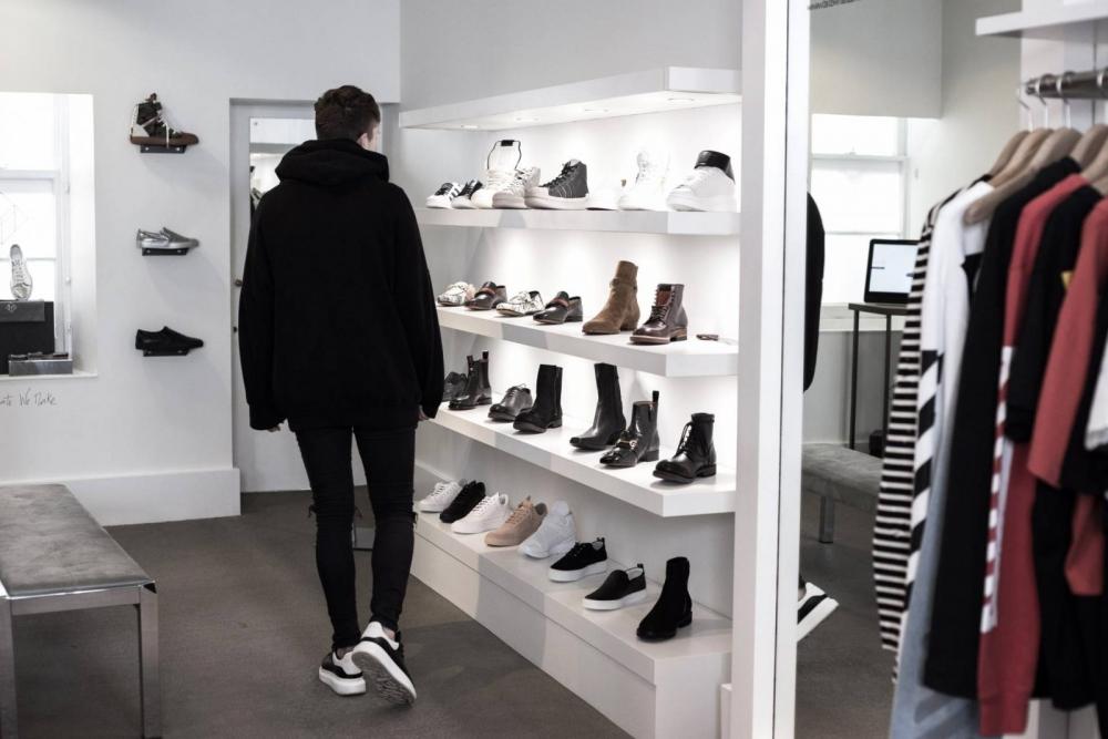 Выручка «Обуви России» растет